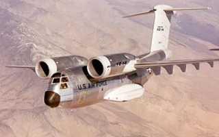 Проекты самолётов YC-14 и YC-15 по программе AMST (США)