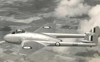 Истребитель-бомбардировщик DH.100 Vampire (Великобритания)